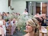 La plus belle façon de recevoir ses alliances de mariage(1)