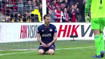 Eng VO: Ajax strike huge blow on PSV - red card and calamity goal in dramatic match