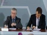 Gobierno, sindicatos y patronal firman en Moncloa el pacto social y económico