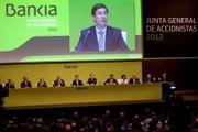 Indignación y protestas en la junta de accionistas de Bankia