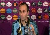 """Iniesta: """"Estamos felices de poder estar en la siguiente ronda"""""""