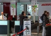 Iberia cancela hoy 128 vuelos por la huelga de sus pilotos