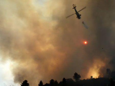 Ourense, ciudad cercada por las llamas