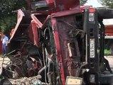 Al menos 18 muertos más de 40 heridos en un accidente entre un autobús y un camión en Moscú