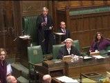 El Parlamento británico da luz verde a los matrimonios gay