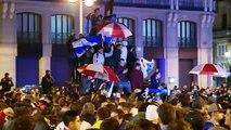 Celebración sin incidentes de los aficionados de River en Madrid