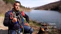 Yaakov Chetrit, promeneur de chien et éducateur canin