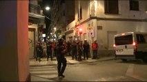 La Guardia Civil tiene que ser escoltada por los Mossos para poder salir de un hotel en Calella