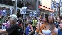Manifestantes en todo EEUU piden el 'impeachment' contra Trump