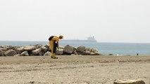 Cádiz se afana en el arreglo de sus playas tras el temporal