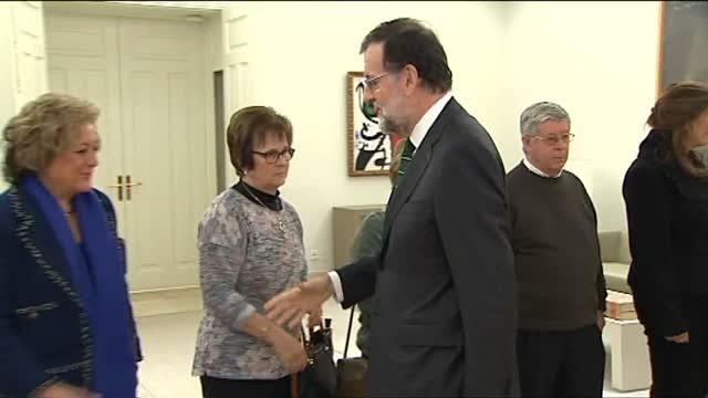 Rajoy recibe a los familiares de las víctimas del Yak, 14 años después de la tragedia