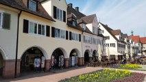 Der Marktplatz von Freudenstadt im Schwarzwald -  größter Marktplatz Deutschlands