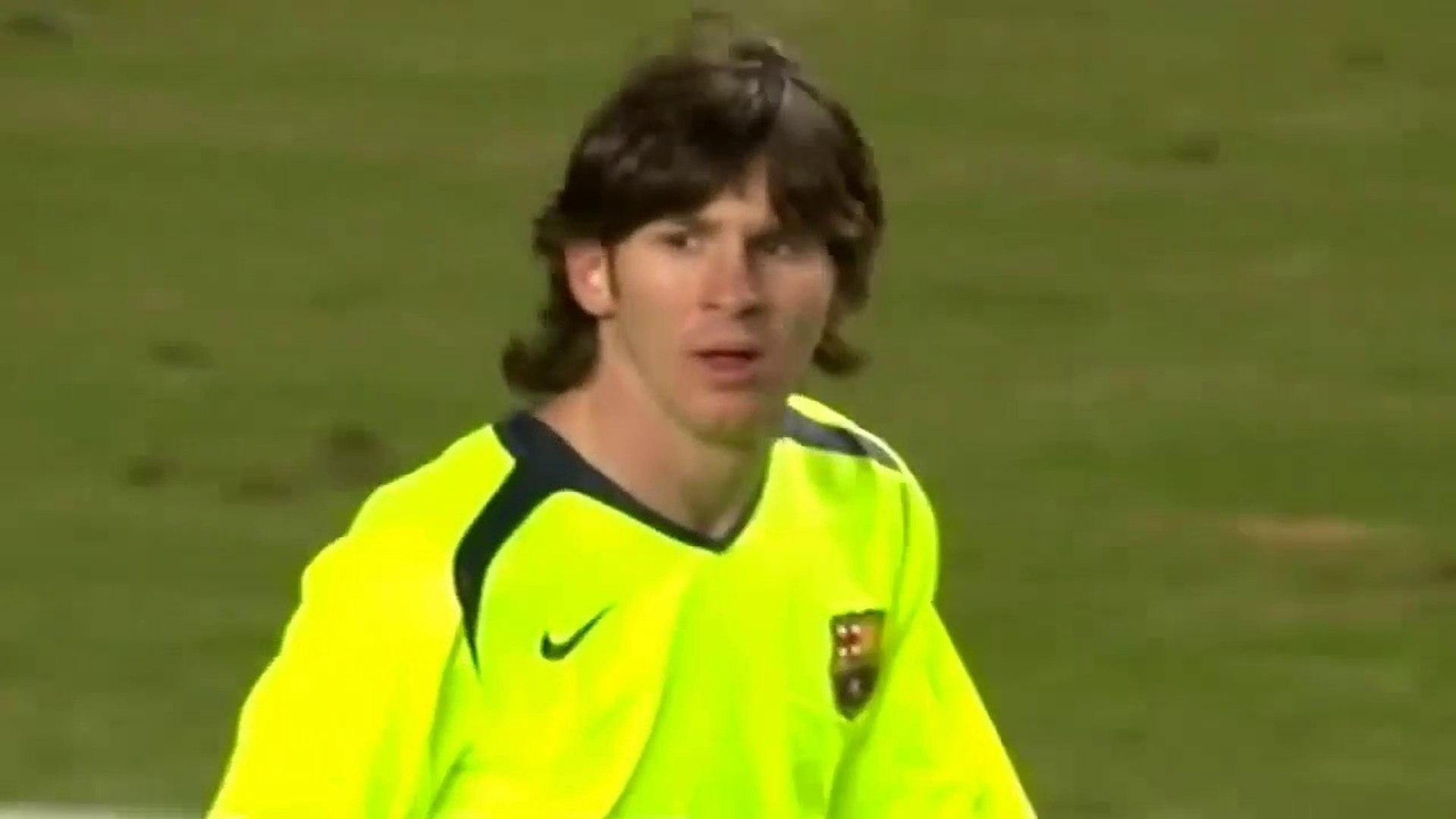 Lionel Messi ● Skills ● Chelsea 1:2 FC Barcelona ● Champions League  2005-06