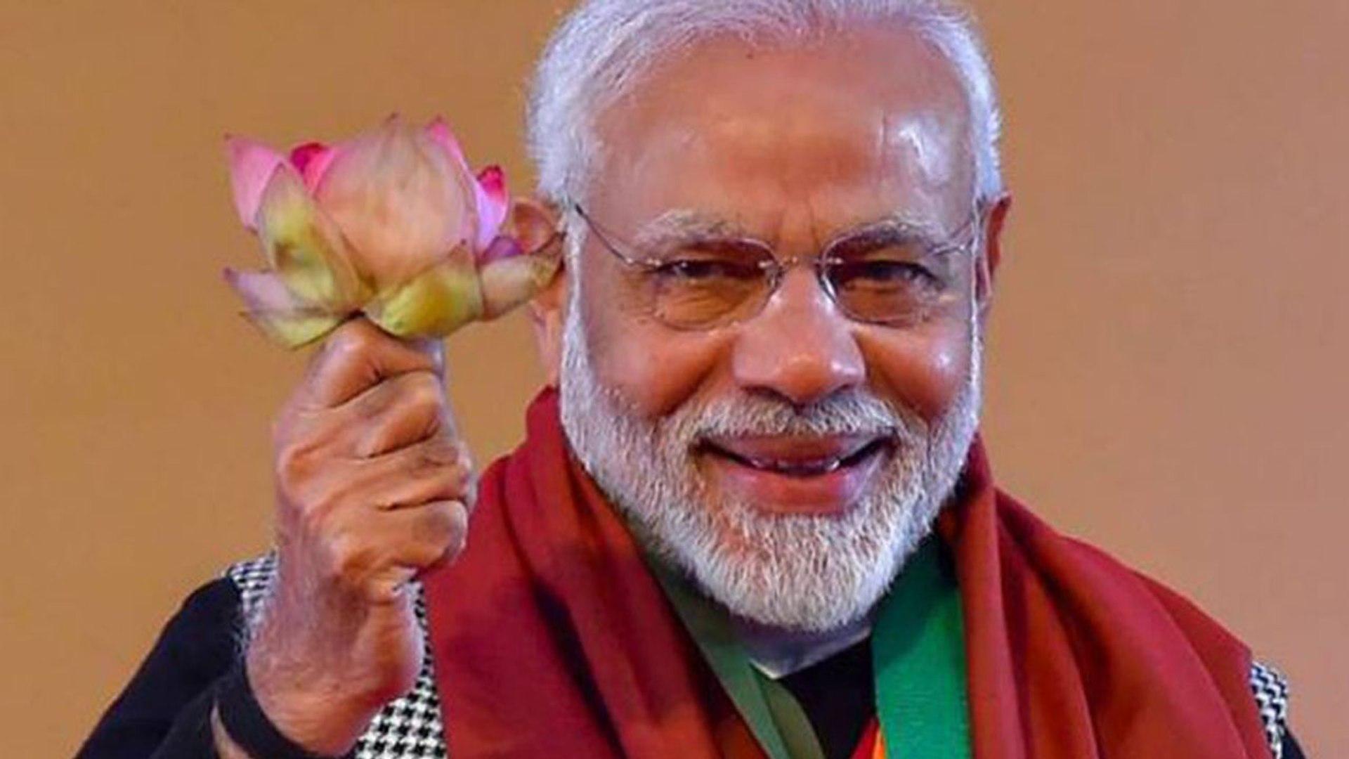Modi क्या विकास कार्यों की जगह Air Strike के भरोसे जीतना चाहते 2019 ? | वनइंड़िया हिंदी