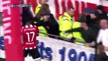 Eng VO: PSV thrash Zwolle 4-0 to return to top of Dutch Eredivisie