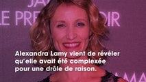 """Alexandra Lamy se plaint d'avoir été une fille... """"trop belle"""" durant son adolescence"""