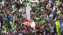 Argelinos vuelven a protestar masivamente para mantener presión