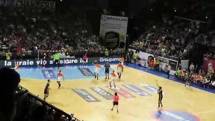 Handball -  Lucarne Parfaite de Minel - Chambéry 33 29 Montpellier - 07/04/2019