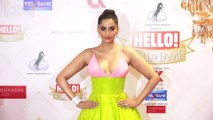 Sonam Kapoor showing H0T big Tit' s in open dress .wow very big size must watch