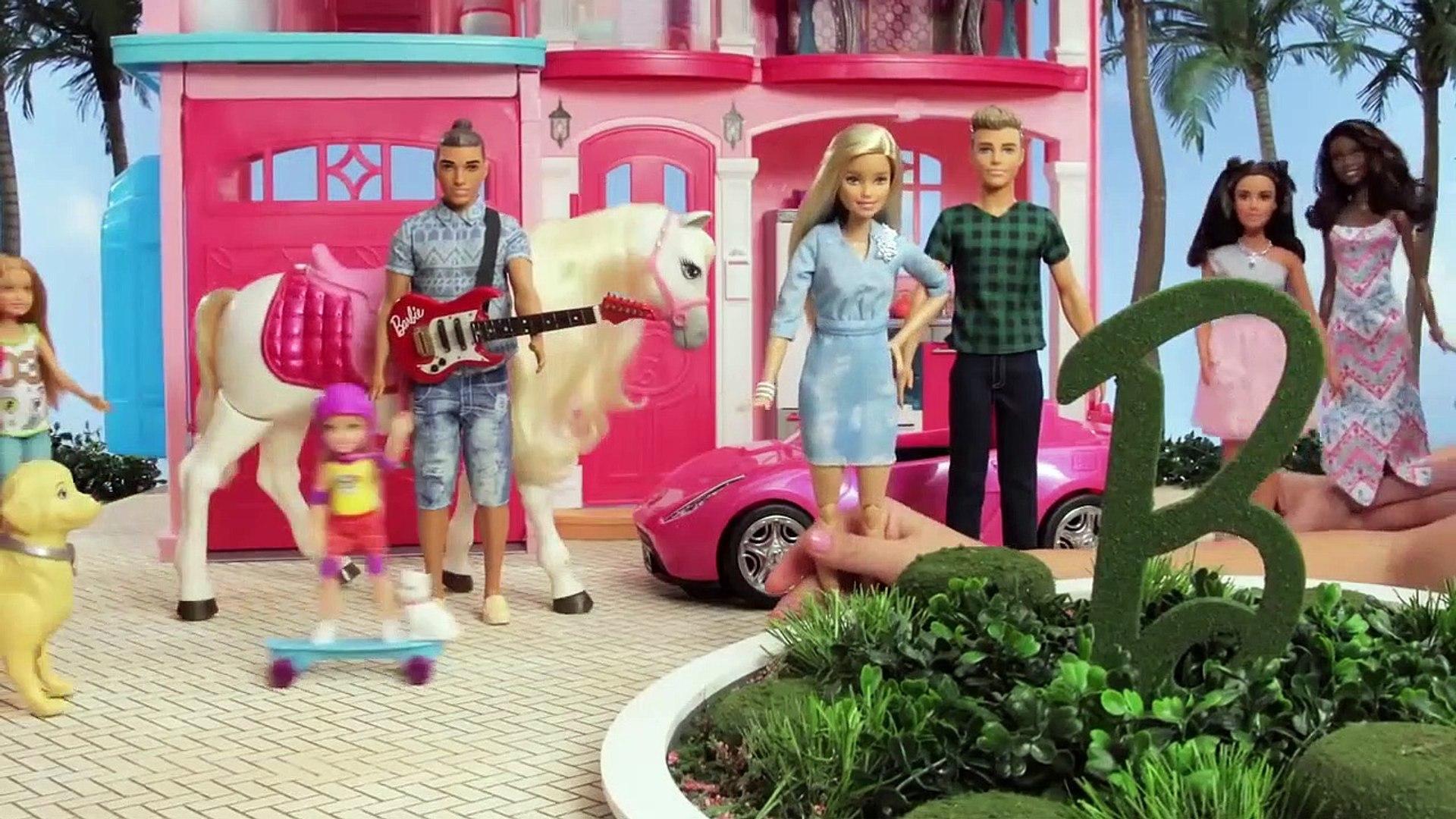 Barbie France | Un jour sans... | Barbie LIVE! In The Dreamhouse | Poupeés Barbie | Barbie Videos