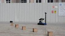 Köpekler ve Bomba İmha Robotu Hünerlerini Gösterdi