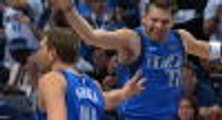 Nowitzki nails first 10 points in Mavs win