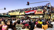 Sudan: Security forces crack down on surging anti-Bashir protests