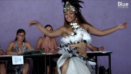 À Tahiti, ces élèves passent une épreuve de danse traditionnelle pour le bac