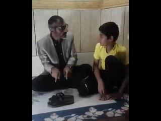 مواطن عراقي يشتري أغلى شحاطة في العالم لأبنه..شاهد تعليمات الاستخدام