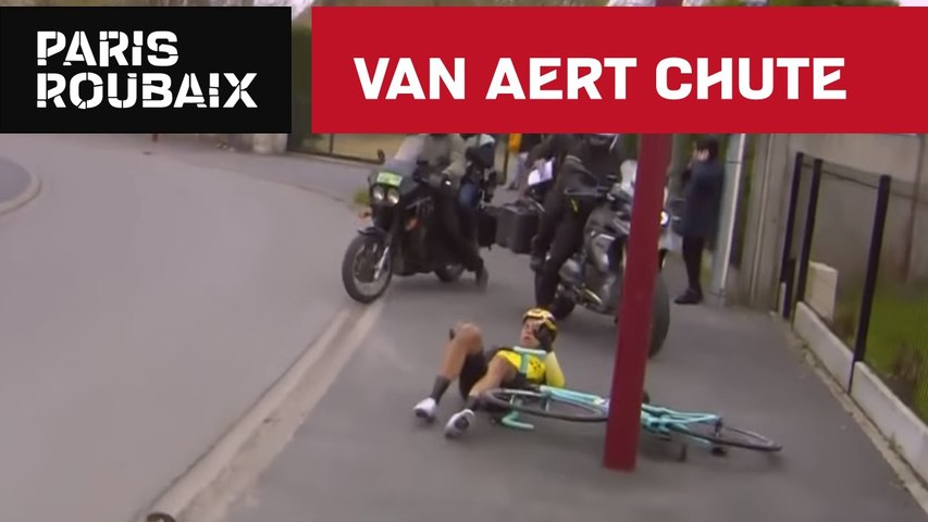Van Aert Chute - Paris-Roubaix 2019