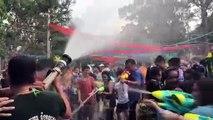 Cambodge: batailles d'eau pour célébrer le nouvel an Khmer