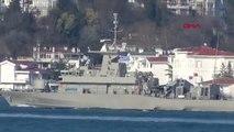 Ευρεία έκταση στα τουρκικά ΜΜΕ πήραν οι φωτογραφίες που δείχνουν το ελληνικό πολεμικό πλοίο HS Rıtsos με νούμερο P 71 να διέρχεται με υψωμένη την ελληνική σημαία, τον Βόσπορο, απέναντι από τις ακτές της Κωνσταντινούπολης....