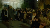 Toute la nuit, croyants et non-croyants se sont réunis près de Notre-Dame