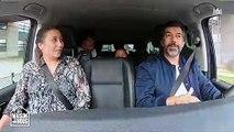 Stéphane Plaza arrêté par la police alors qu'il conduit une famille vers sa maison - Regardez