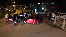 Karabük Polisleri Görünce Kaçan Alkollü Sürücü, Ters Şeride Girip Kaza Yaptı