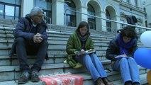Migrants  : Une artiste entame une grève de la faim à Saint-Etienne