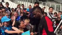 OM : Mario Balotelli ovationné par les supporters du Vélodrome