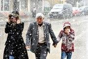 Kars ve Ardahan'da Kar Yağışı