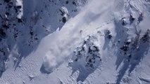 Un snowboardeur presque enterré vivant par une avalanche
