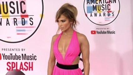 Jennifer Lopez To Receive CFDA Fashion Icon Award