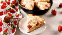 Strawberry Cheesecake Skillet Cake Combines All Of Our Favorite Things