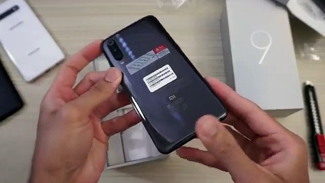 Xiaomi Mi 9 Unboxing And Features Reviews