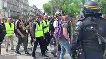 """Montpellier: tensions entre """"gilets jaunes"""" et forces de l'ordre"""