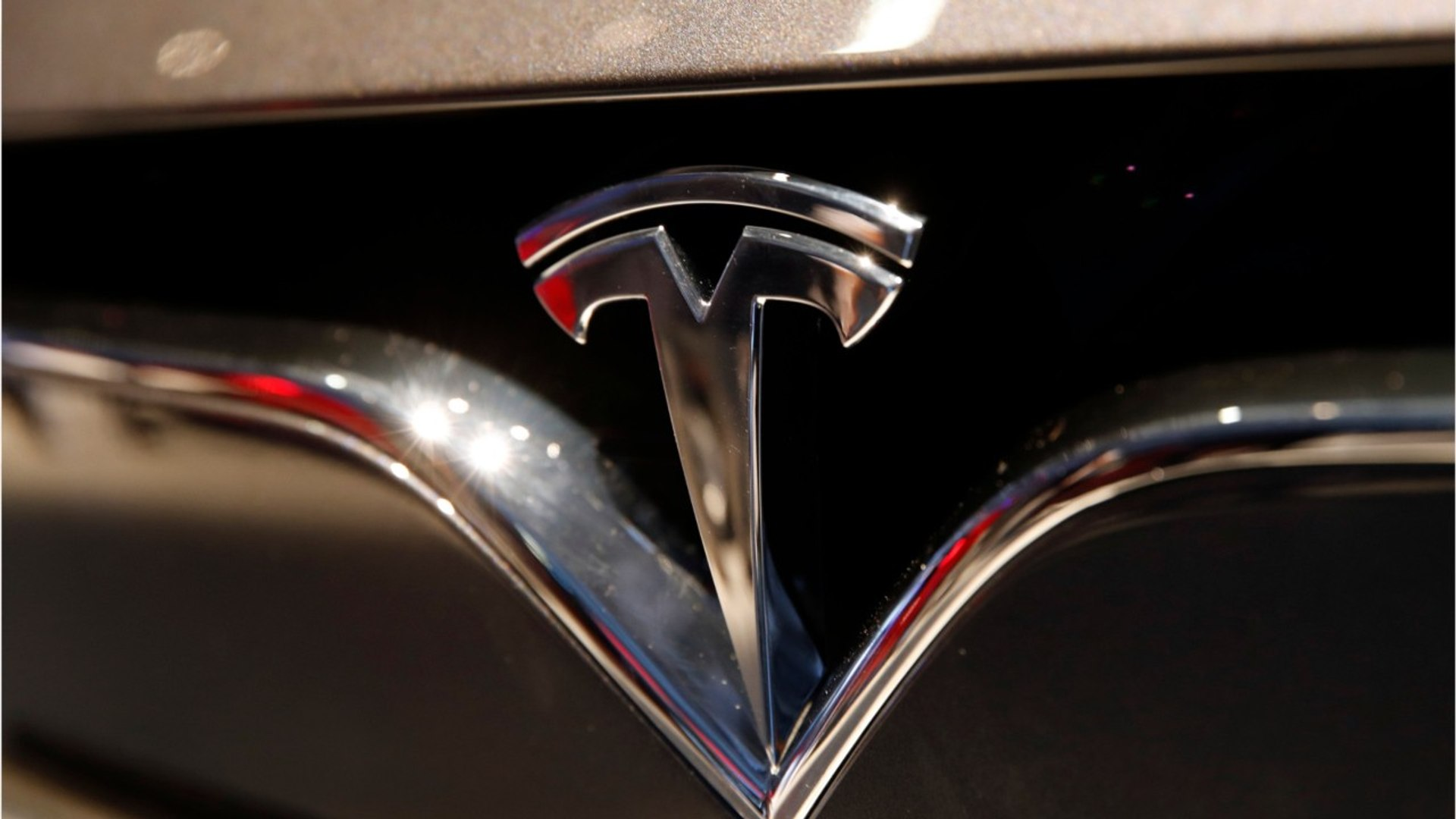 Tesla To Host A Self-driving Car Event