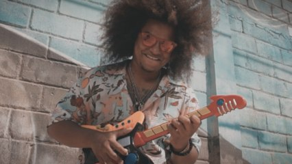 Chicho Valderrama - Tumba Techo - Offical Video