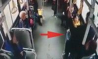 Kendisine yer vermeyen kadının kucağına oturdu