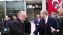 Kars'ta Tugay Komutanı, 23 Nisan töreninde HDP'li Belediye Başkanı Ayhan Bilgen'in elini sıkmadı