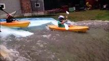 Ce papa recrée une rivière pour ses 2 fils et leur kayak... dans son jardin