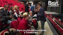 Grâce à l'audiodescription, des non-voyants assistent à des pièces de théâtre