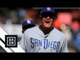 Play Of The Day | Manny Machado Makes Difficult Barehanded Throw